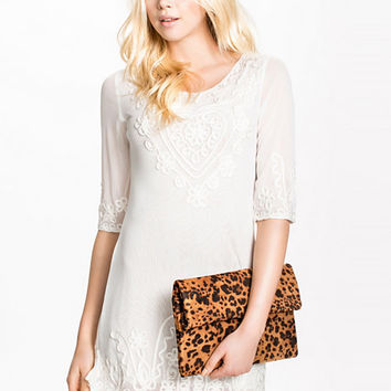The Ultimate Lace Dress, Glamorous