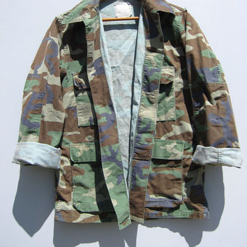 Vintage US Military Camo Jacket Shirt Woodland Camouflage Hunting Distressed Small