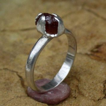 A  Womans engagement ring Garnet Silver  Ring  Artisan Jewelry Handmade  Metalwork Ring Organic Solitare Ring Unique ring