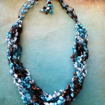 "Sand and Sea Trellis Ribbon Ladder Yarn  Necklace 18 to 26"" Long"