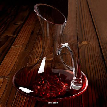 64-ounce Flat Base Red Wine Decanter Handmade Crystal Wine Pourer Premium Water Carafe Thickened Wall
