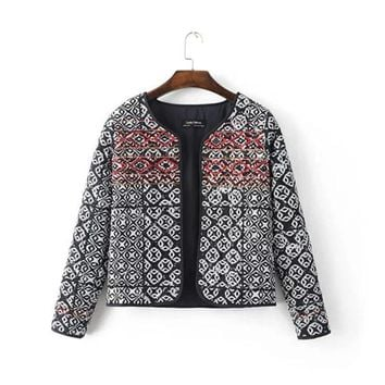 Trendy Ethnic Embroidery Beading Totem Print Quilted Jacket 2016 Women Vintage Paisley Thin Padded Long Sleeve Coat Suits AT_94_13