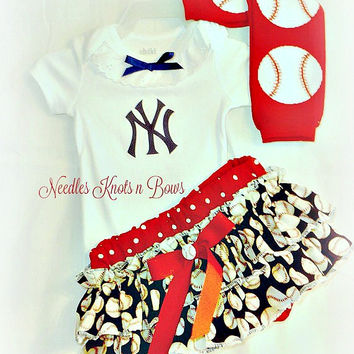 Girls New York Yankee's Baseball Outfit, Baby Girls Yankee's Coming Home Outfit, Baby Shower Gift