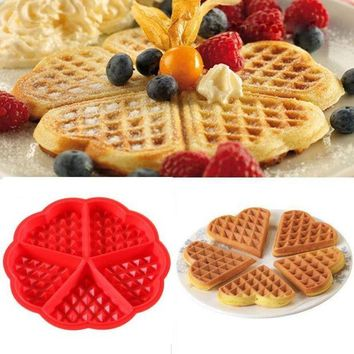 DCCKU7Q Kitchen Silicone Mini Round Waffles Pan Cake Baking Mould Mold Waffle Tray