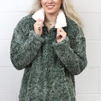 Cozy Up 2-Tone Faux Fur Zipper Pullover {Hunter Green}