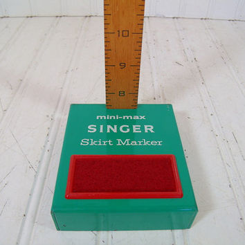Retro Freestanding Hem / Skirt Marker - Vintage Mini-Max Singer Sewing Wood Rule Measure - Green Metal Base & Red Pin Cushion - 7-28 Inches