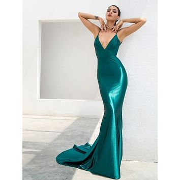 Jasslyn- Green Deep V-Neck Open Back Long Bodycon Gala Dress