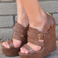 Look Alive Wedges: Brown/Gold