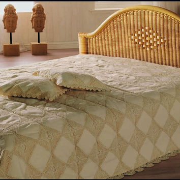 Luxurious HANDMADE CROCHET BEDSPREAD with Deocorative Cushions- Belgian Elite Collection- Wedding Decor