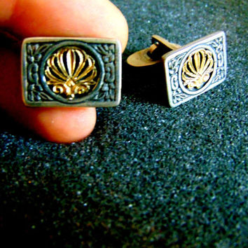 Stunning sterling silver and 18k gold cufflinks-Vintage men's cufflinks-Gentleman's accessories- Silver and gold engraved cufflinks