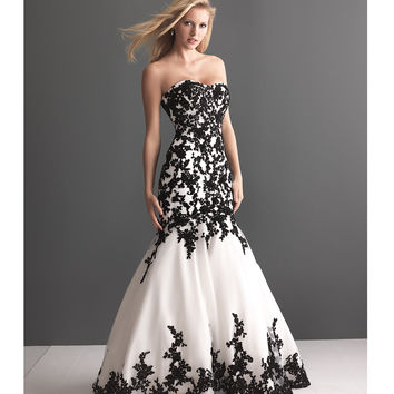 2013 Allure Bridal - White Organza & Black Lace Wedding Gown - Unique Vintage - Prom dresses, retro dresses, retro swimsuits.