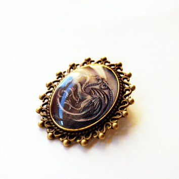 House Targaryen of King's Landing Crest - Game of Thrones Jewelry - A Song of Ice and Fire - Handmade Vintage Cameo Pin Brooch