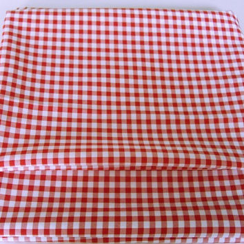 Vintage Red Checkered Tablecloth, oblong picnic tablecloth, bbq tablecloth, summer patio tablecloth, cotton blend table cover 59x78