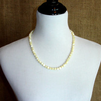 Vintage Mother of Pearl Necklace, Genuine Mother of Pearl Beaded Necklace , MOP Jewelry Yellow Cream Color, 1950s Mid Century Estate Jewelry