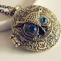 retro cute owl photo frame locket necklace,it can open