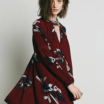 Floral Print V-Neck Cut Out Asymmetrical Hem Long Sleeve Loose Blouse
