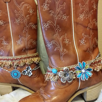 Size 6.5  Leather Boots,  Ladies Leather Boots, Boho, Gypsy ,Cowboy Boots,Size 6.5 Boots,Western Boot,Winter Boot, Brown Boots,Ladies Shoe