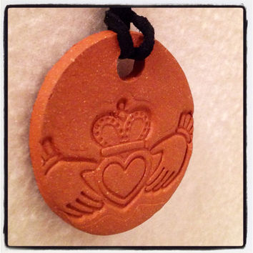 Handmade Claddagh Bisque Ceramic- Aromatherapy / Essential Scented Oil Diffuser Pendant necklace love friendship loyalty