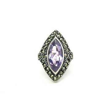 Amethyst Ring. Art Deco Style. Marquise Light Purple Raised Stone. Sterling Silver 925, Marcasites. Vintage 1980s Jewelry. Signed NF. SZ 6.5