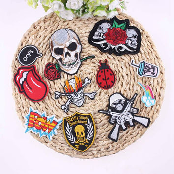 1 Pcs Sell Skull Patches Punk For Clothing Accessories Iron On Cheap Embroidered Custom Biker Patch Badge For Clothes Stickers
