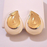 Monet Beige Paisly Clip On Earrings Gold Tone Vintage Large Layer Double Disc Swirl Striped Edge Comfort Paddles Brushed Backs