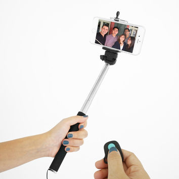 Selfie Pack - Selfie stick + Bluetooth Remote Shutter