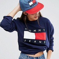 shosouvenir  : Tommy Jeans Fashion Long Sleeve Pullover Sweatshirt Top Sweater