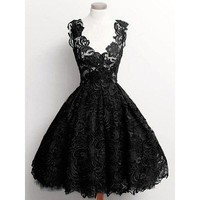 Plunging Neck Lace Sleeveless Red Or Black Beautiful Women's Dress