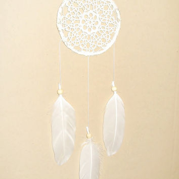 Lace dream catcher, cream, white, small dreamcatcher, crochet doily, wall hanging, long, beads, bedroom, home decor, romantic