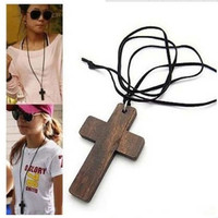 Leather Brown Lady Fashion Wood Cross Rope Long Choker Sweater Chain Men Accessories Cross Necklace