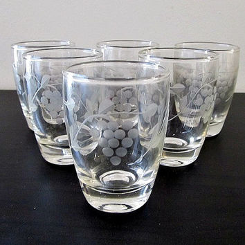 Etched Shot Glasses - Grape Pattern - Set of 6 -Vintage, Mid Century, Bar Ware