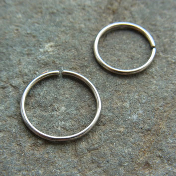 316L Surgical stainless steel seemless nose ring (1pc)