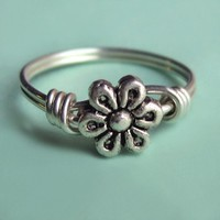Rustic Sterling Silver Flower Ring by PaupersBounty on Etsy