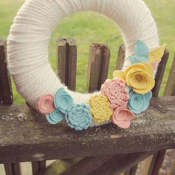Yarn Wrapped Wreath with Dimensional Felt Flowers by CatShyCrafts