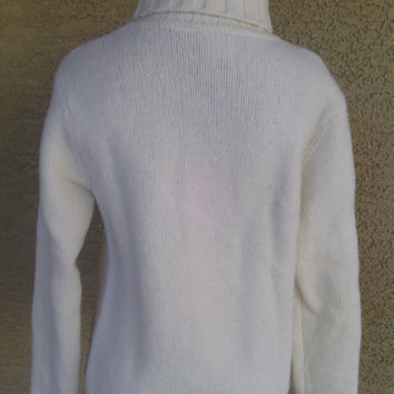 Christmas Sweater Women Sale! Price reduced Lambs wool Marshall Fields white/cream long sleeves. turtleneck. Chunky warm sweater Size medium