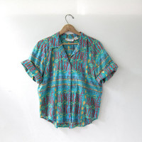 80s short sleeve shirt. button down shirt. abstract printed shirt.