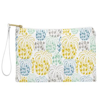 Heather Dutton Juicy Pouch