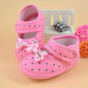 Baby Moccasin Booties for Newborn Babies Shoes Bowknot Soft Non-slip Footwear Crib Shoes Toddler Prewalkers First Walk Boots