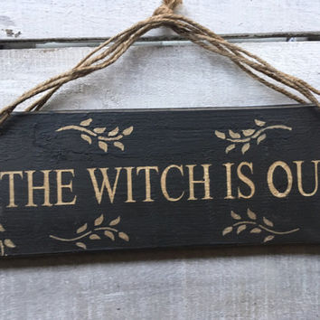 Gift for Her.Funny Gift.Birthday Gift.The Witch Is In/Out. Reversible Sign. Front Door Sign.Halloween.