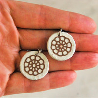 Small White Round Hanji Paper Earrings Dangle Flower Wheel Design Hypoallergenic hooks Lightweight Earrings White Brown Small Earrings