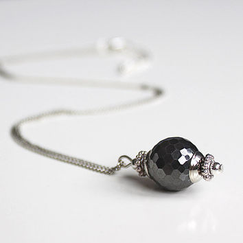 necklace silver with facetted hematite pendant