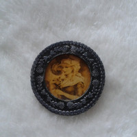 Vintage Victorian Woman  picture frame grey round  brooch  pin