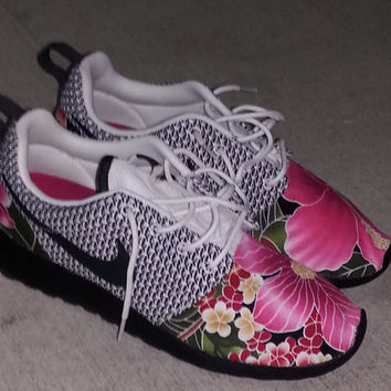 Hawaiian Floral Nike Roshe Run