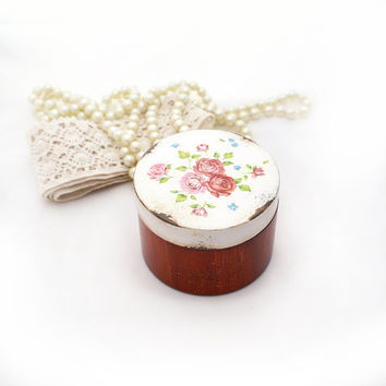 Shabby chic roses Wooden Box ,Marriage Proposal, small round box, Wedding box, ring bearer box, rustic, white pink