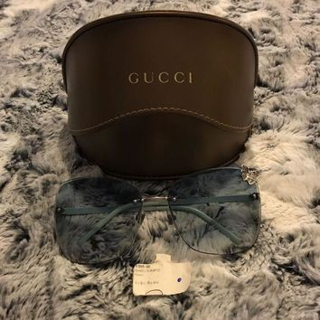ONETOW Gucci Sunglasses Woman's Accessories
