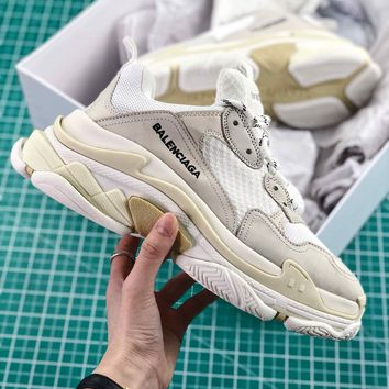Balenciaga Triple S Trainers White Sneakers - Best Online Sale