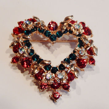 Crystal Christmas Heart Wreath Pin Brooch