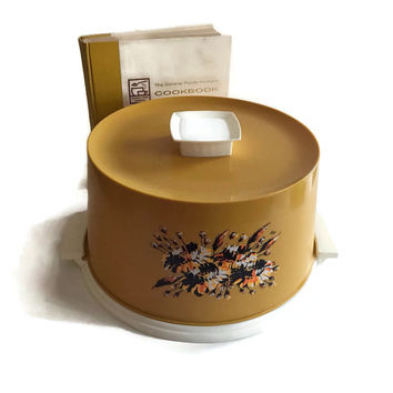 Vintage Plastic Cake Carrier or Cake Keeper with Locking Lid Large Retro Harvest Gold with Floral Design Autumn Colors