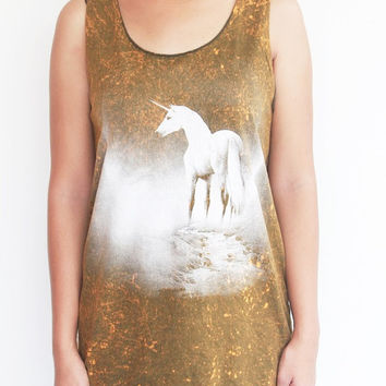 White Unicorn Tank Top Women Shirts Unisex Dyed Green Horse T-Shirt Size M