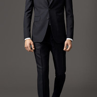 Modern Fit Travel Tailoring Virgin Wool Suit
